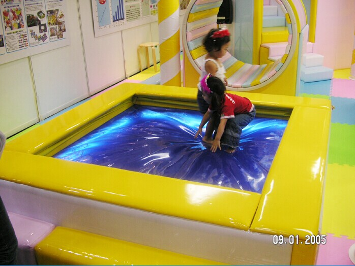 水床- 广州瓦力游乐设备有限公司